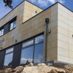 Bergsträßer Winzer Glasfassade aus Aluminiumprofilen von Wicona
